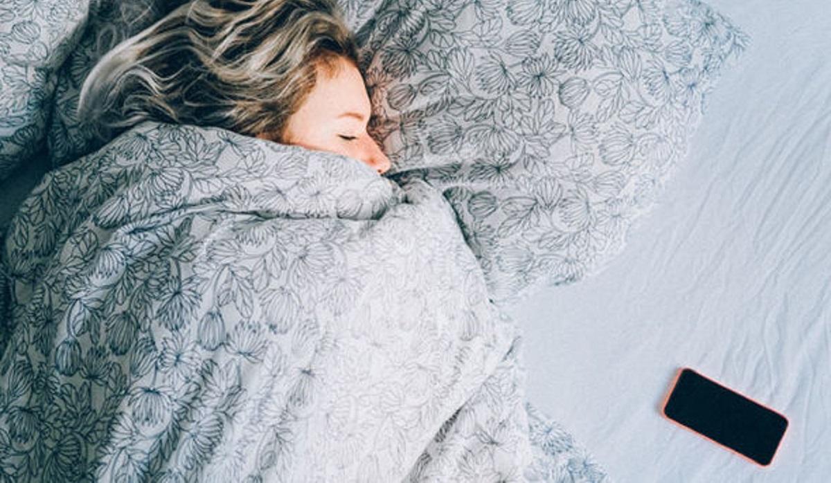 interesting effects of technology on sleep moblobi