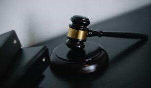 attorney vs lawyer moblobi