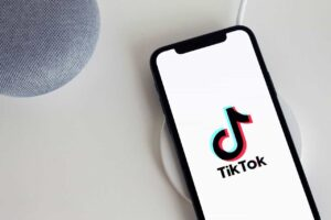 how to delete tiktok account moblobi