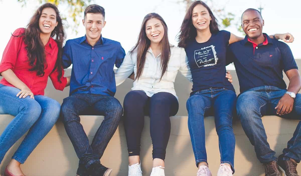 loans for students moblobi