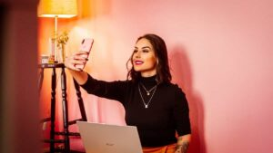 tips to get attention to your instagram profile moblobi