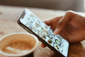 what to do if your social media is hacked moblobi